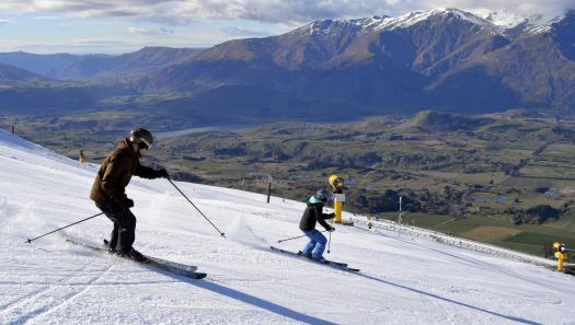 Coronet Peak stays open for another week!