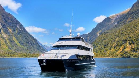 The silence of Milford Sound: My unforgettable overnight experience on the Fiordland Jewel