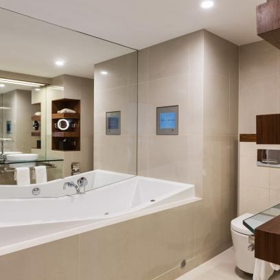 Prestige Suite 14 Bathroom