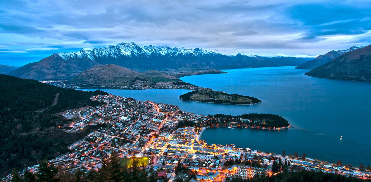 Queenstown from Bobs Peak2